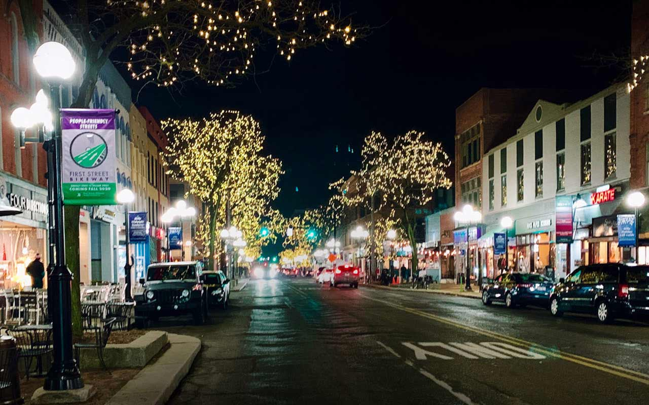 Main Street in Ann Arbor at night around the holidays